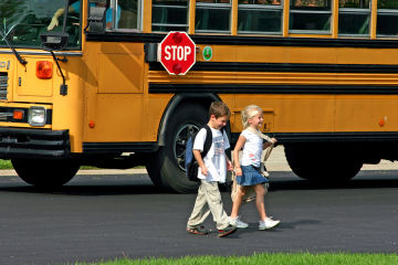 Kamarn Preempts bus bullying with solution behavior
